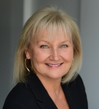 Photo of Royal LePage Mississauga Lakeshore Broker Manager Anne Alkok