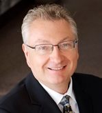 Photo of Steven Keshen, Broker Manager of Royal LePage's Bayview Branch